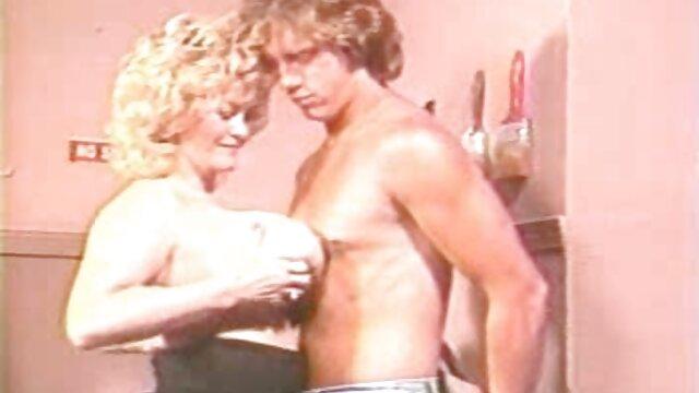 كيمبرلي بركس افلام سكس اجنبيه رومانسيه يرجى الرجل عندما يصور