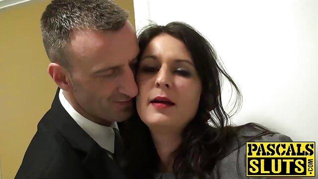 الغراب خليج يقدم ابنة افلام اجنبي سكس جديده نينا هارتلي على الجنس بين الأجناس
