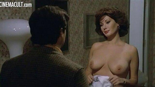 براين تايلر افلام سكس اجنبيه كامله رائع الثدي